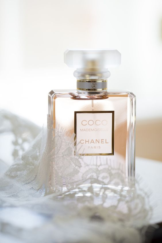 Coco Mademoiselle Chanel as a gift on the wedding day