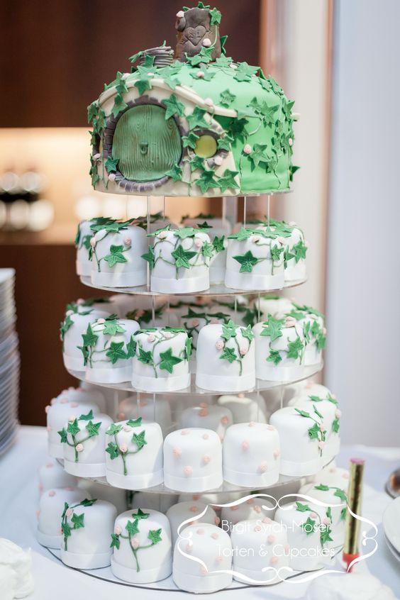 Hobbit Inspired Wedding Cake