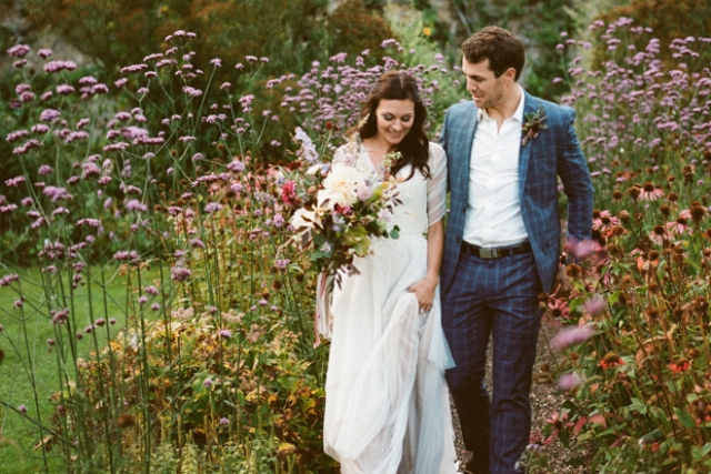 Summer Garden Wedding Shoot With A Vintage Feel