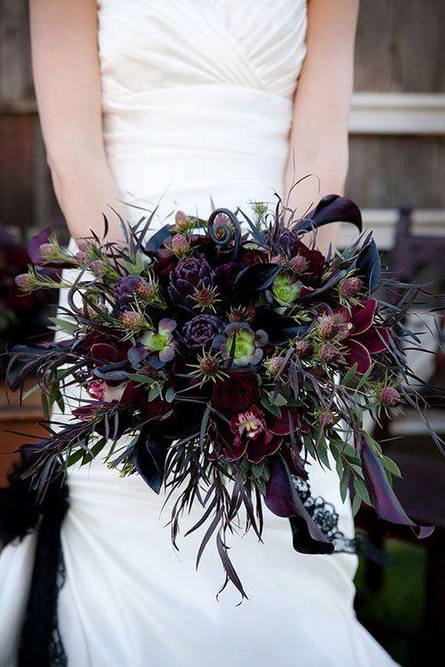 dieses schwarz und Pflaume Brautstrauß sieht nervös und anspruchsvoll
