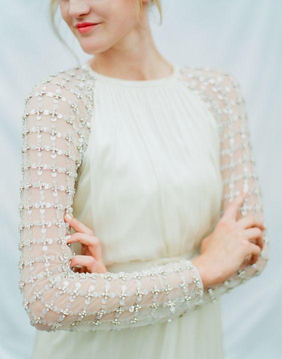 32 Wunderschöne Schneereiche Winter Brautkleider