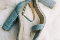20 dusty blue heeled wedding sandals are very comfy for walking cause of stable heels