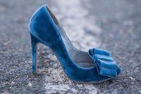 24 rock blue velvet bow heels for something blue and follow the velvet trend with them