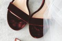 25 burgundy velvet heeled sandals for a fall or winter bride, a great idea to add a chic touch