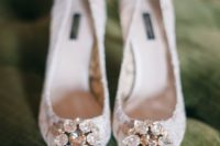 26 white lace bridal shoes with rhinestones mix a hot trend – lace heels and timeless sparkly details in one