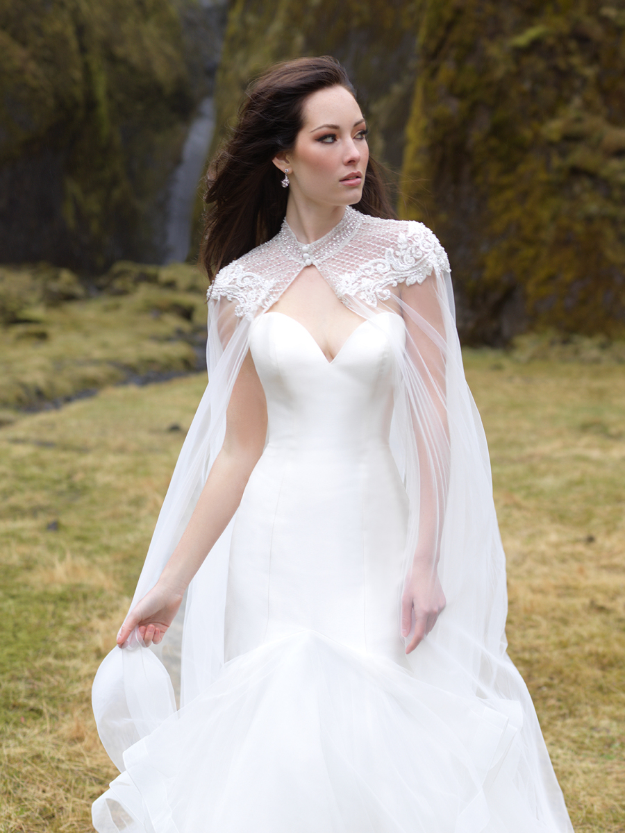 Picture Of An Elegant Strapless Wedding Dress With A Ruffled