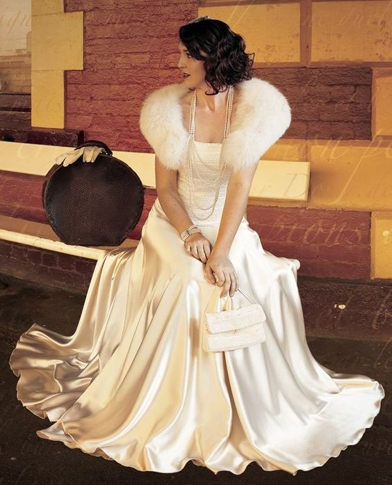 26 Glam Old Hollywood Wedding Ideas - Weddingomania