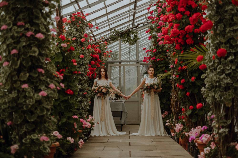 botanical wedding shoot