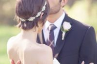 09 accentuate your pixie haircut with a sparkling jeweled headband to add a glam touch