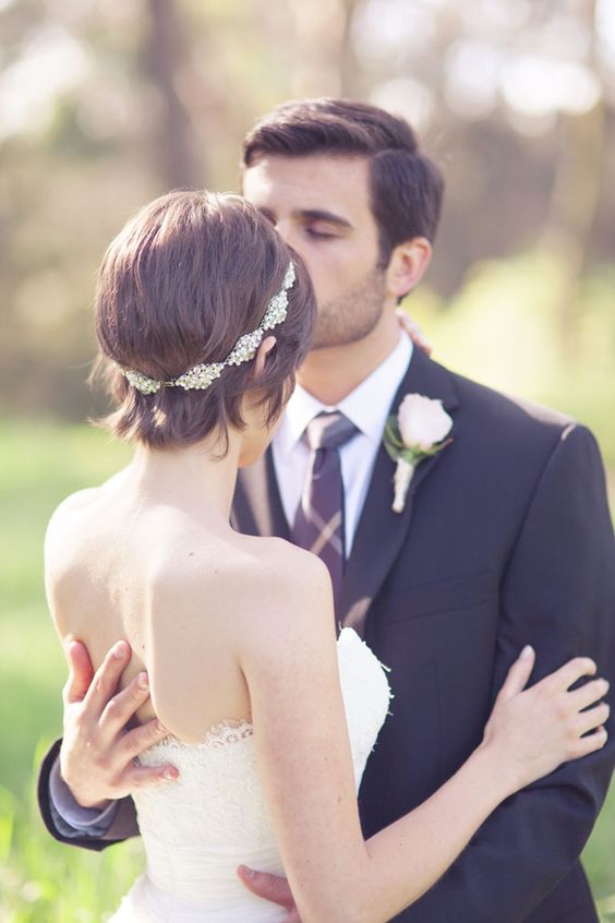 netted viel..smaller flowers | Headpiece wedding, Wedding ... |Very Short Hair For Wedding Headpieces