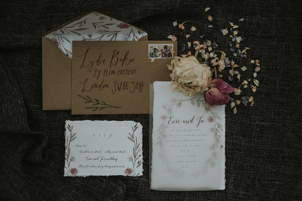 wedding stationary perfect for fall