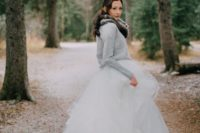 17 a comfy grey sweater and a faux fur scarf over your wedding dress for outdoor shots