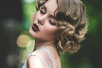 18 vintage waves are perfect for 1920s and other retro weddings, or for glam Old Hollywood weddings