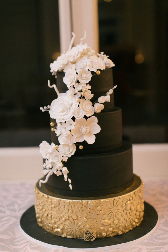 chic black wedding cake