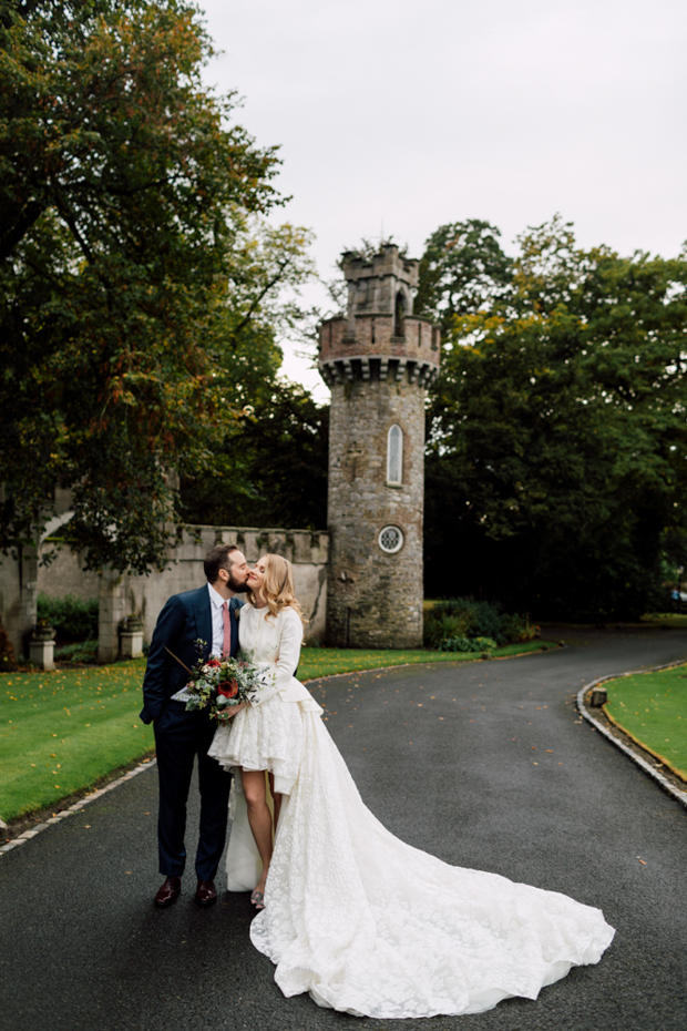 This beautiful couple got married in an Irish castle and added a high fashione feel and refined vibes to the wedding