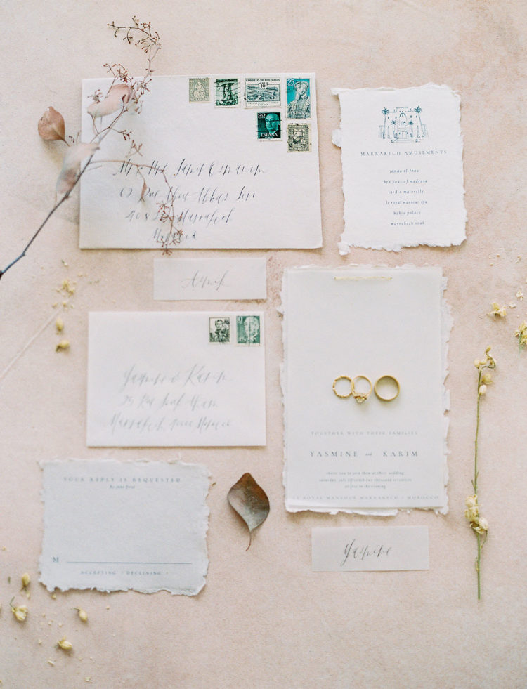 The wedding stationery with a raw edge looks neutral and very soft