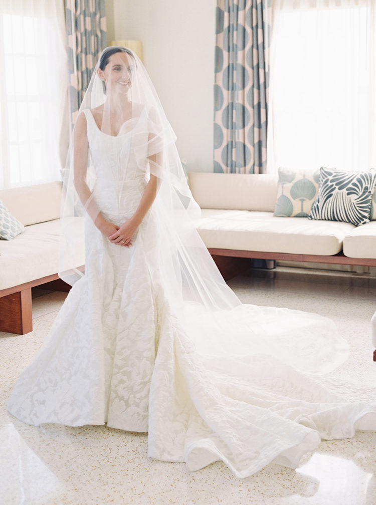 She also had a long veil one, and just look at that train - it's chapel-worthy