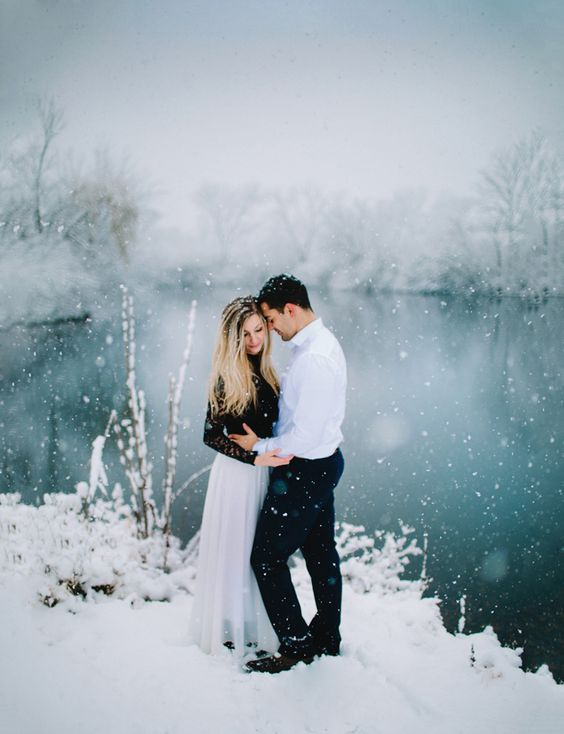 a snowy lake looks like a fairy tale, you seem to get into a magic land
