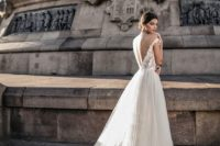 06 off the shoulder embellished wedidng dress with a tulle skirt and a train