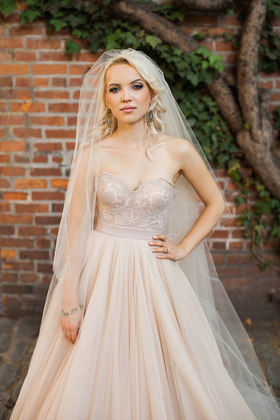 Light Grey Wedding Dresses