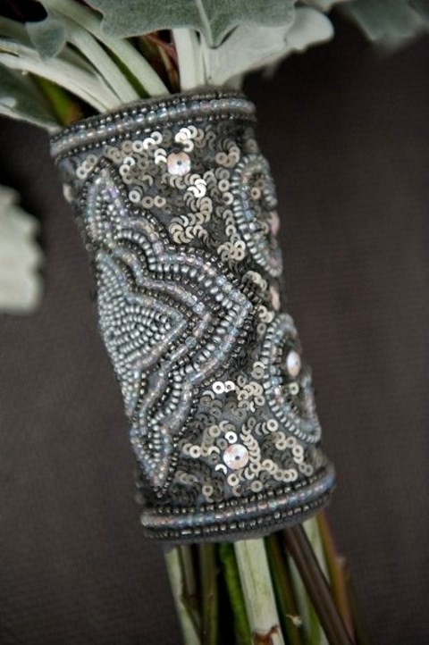grey and silver sequin bouquet wrap is eye-catchy and very chic