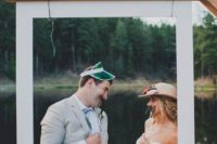 22 add a Polaroid-styled frame for your wedding booth, it will give a fun touch to it