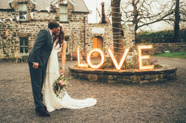 This winter wedding took place at a castle and had a festival feel