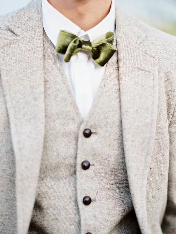 elegant groom's look with a bow tie.