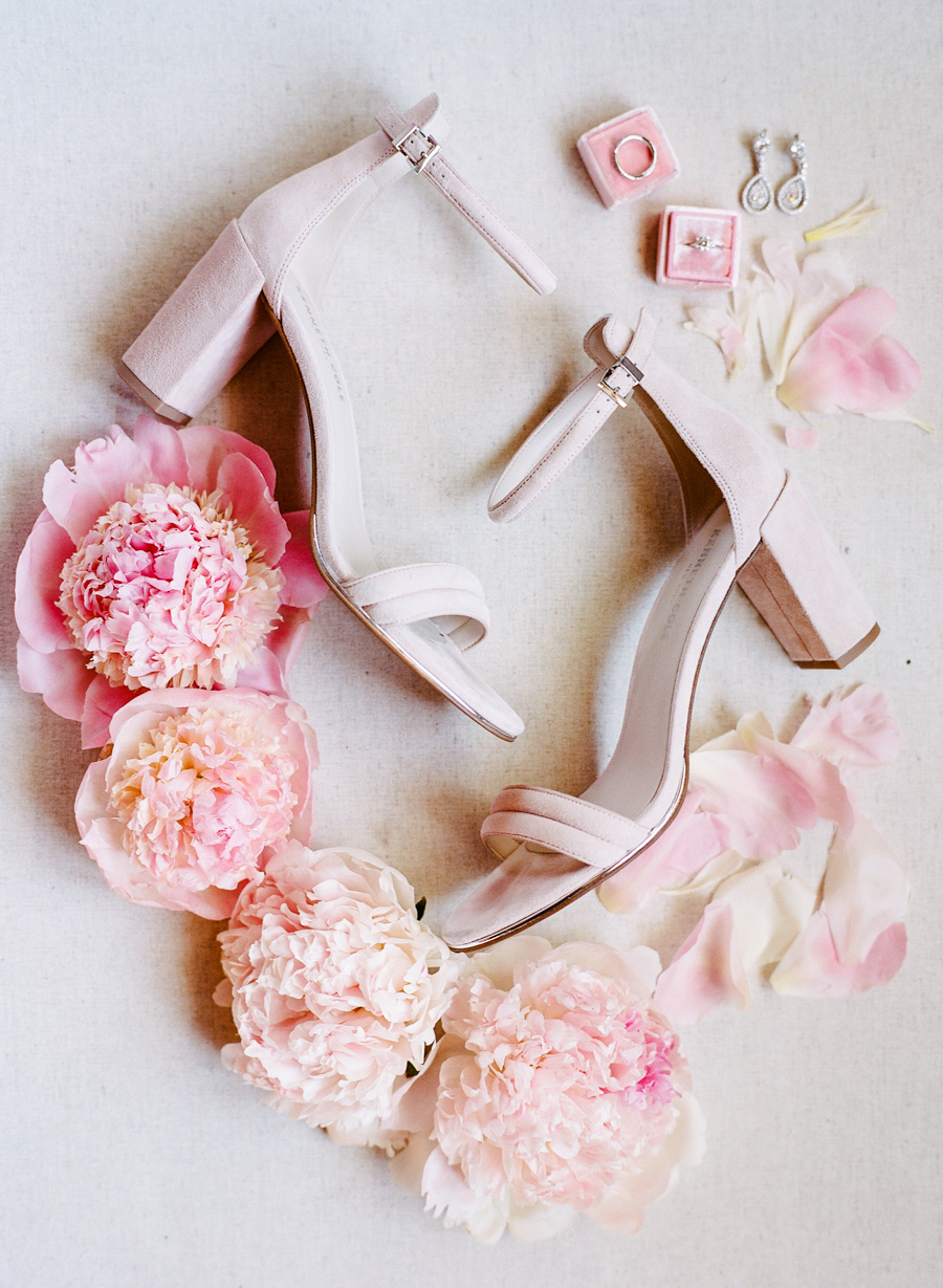 This Malibu wedding was filled with pink and blush blooms and various cute pink details
