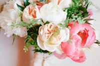 02 The wedding bouquet with greenery, blush and hot pink blooms