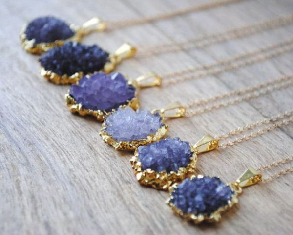 beautiful amethyst and gold necklaces will be a chic idea for bridesmaids