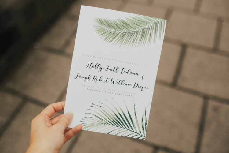 Tropical leaves could be seen throughout the whole wedding decor