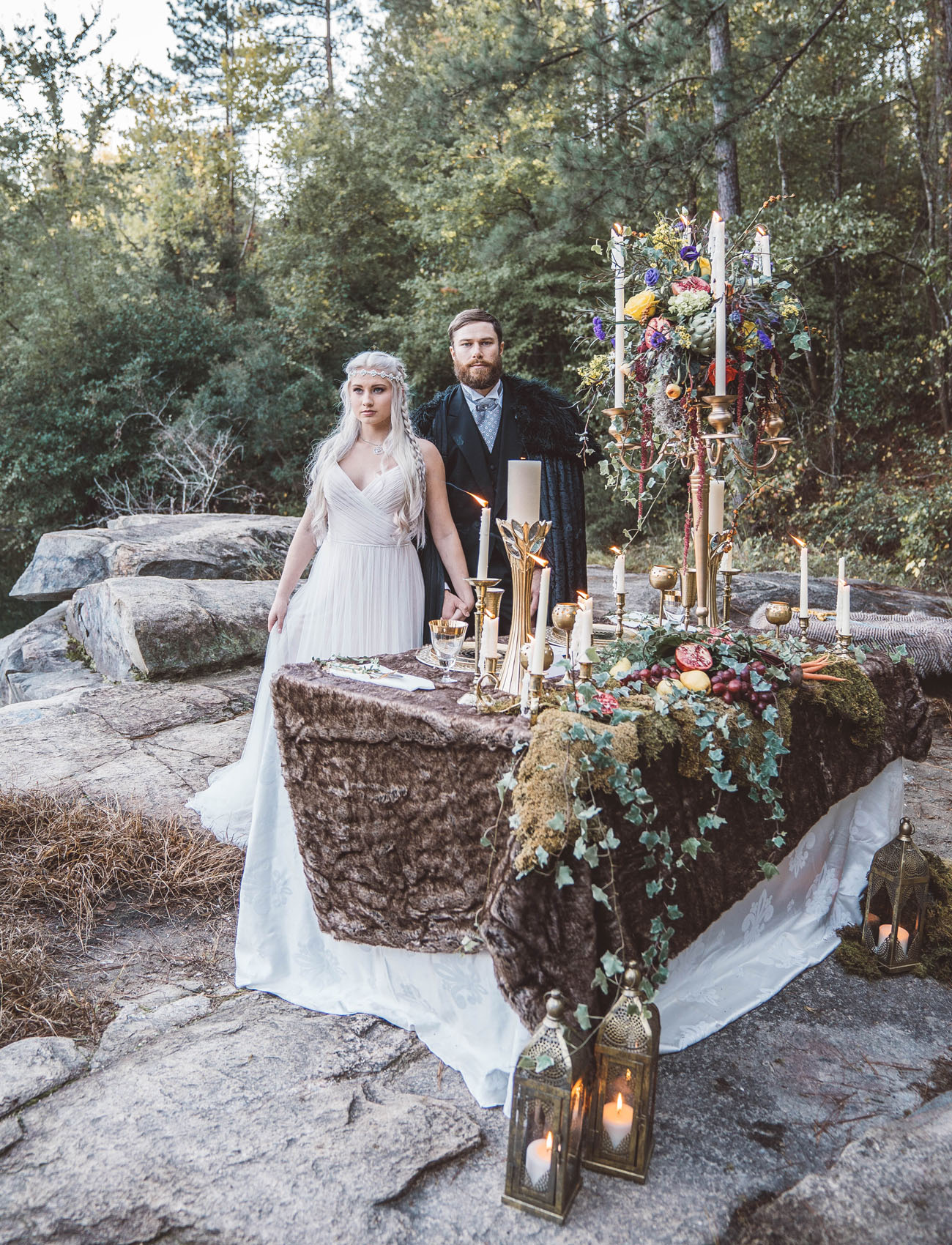 moss used to decorate a wedding table