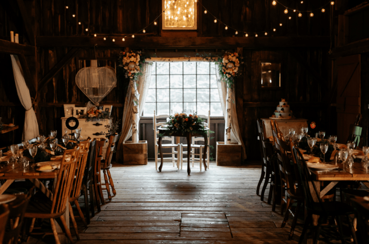 The wedding took place in a barn, so rustic decor was a natural solution