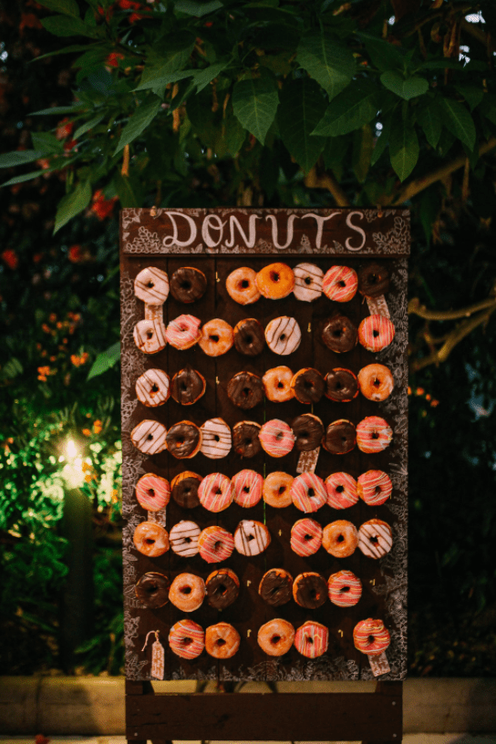 Donut walls are a hot trend, and the couple opted for one