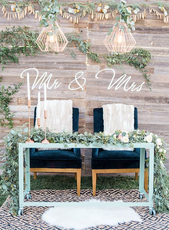 boho sweetheart wedding decor