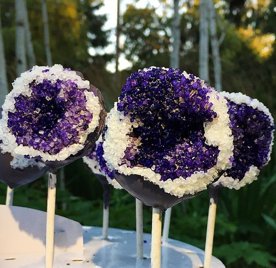 amethyst cake pops to keep the wedding theme on your dessert table