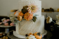 10 The wedding cake was perfectly styled with fresh blooms and textural touches and matched the wedding like no other