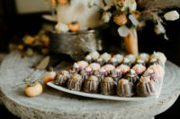 11 There were also mini bundt cakes served together with the wedding cake