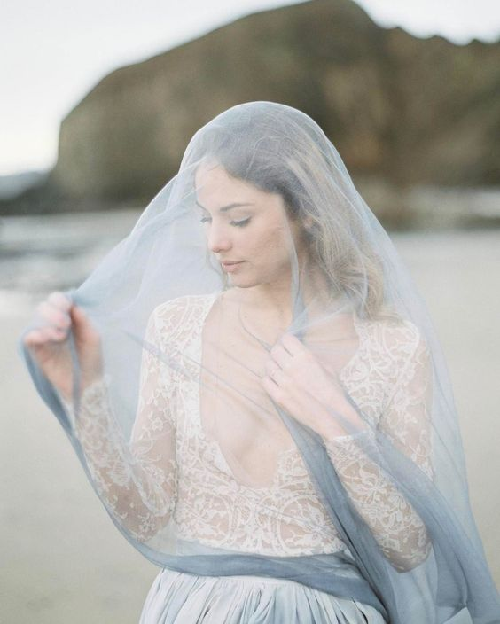 a muted blue wedding veil for a coastal bride and for soemthing blue