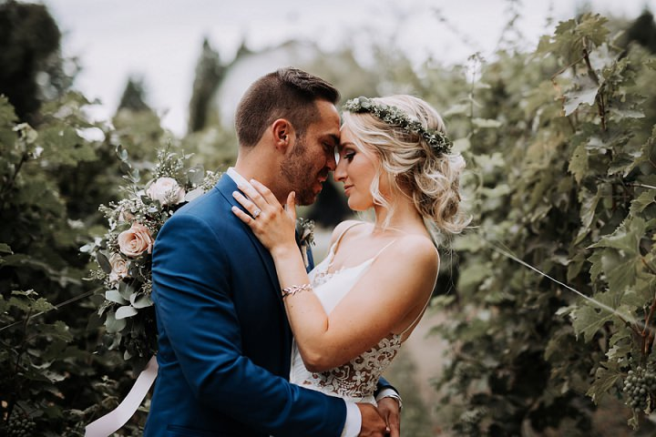 Summer Vineyard Wedding With A Neutral Color Scheme