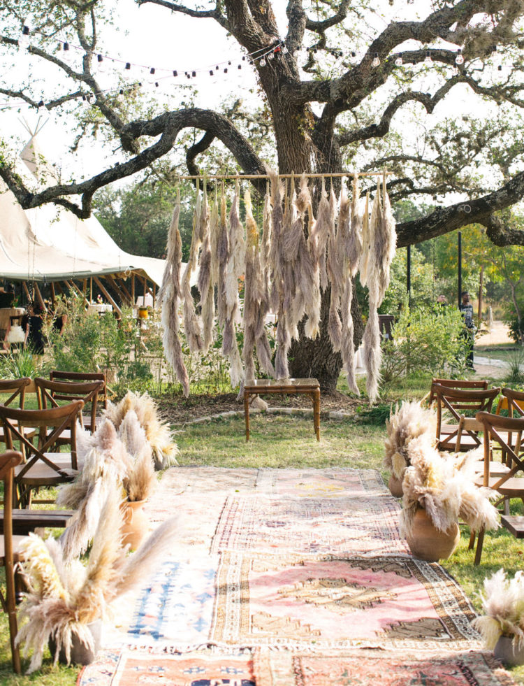 Thanks to the pampas grass, the ceremony space got a desert feel, though it was located in the garden