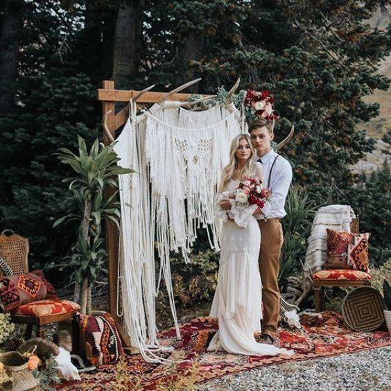 Wedding Arch Antlers Decoration Ideas