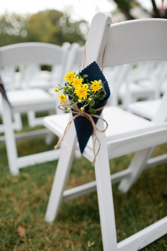 a pretty navy and yellow bloom aisle decoration with twine is a great idea for a rustic ceremony