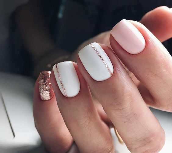 blush, white nails with a rose gold glitter touch and some stripes for a glam bridal look