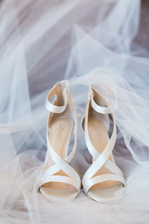 chic satin strappy bridal heels for a modern bridal look