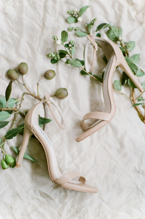 simple minimalist nude ankle strap heeled sandals are perfect not only for the wedding but for casual days, too