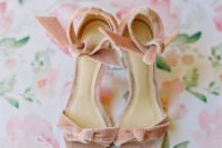 10 pink velvet heeled sandals are a cute idea to incorporate a trendy material into your wedding and look girlish and a bit retro