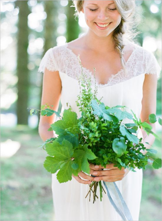 a simple and cute greenery wedding bouquet for a modern bride to add a fresh touch
