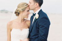 beautiful beach wedding hairstyles with a veil